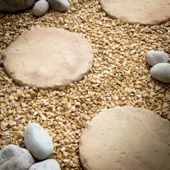 Traditional Round Stepping Stones - Pale Cotswold
