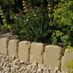 Cotswold Path Edging - Pale Cotswold