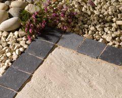 Limestone Setts - Carbon
