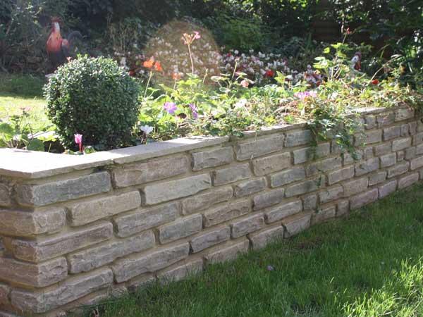 How To Build A Small Garden Wall Diy, Patio Retaining Wall Ideas Uk